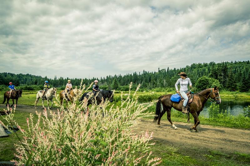 Balade à cheval dans Les Laurentides