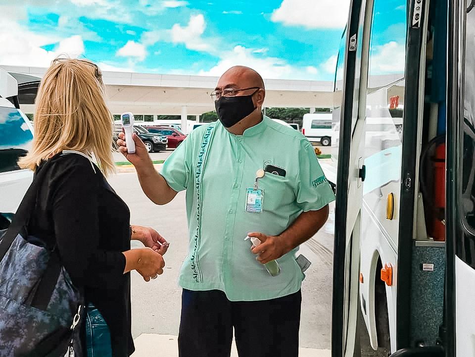 De Montréal à Cancún: on a testé les nouveaux protocoles de sécurité dans les aéroports !