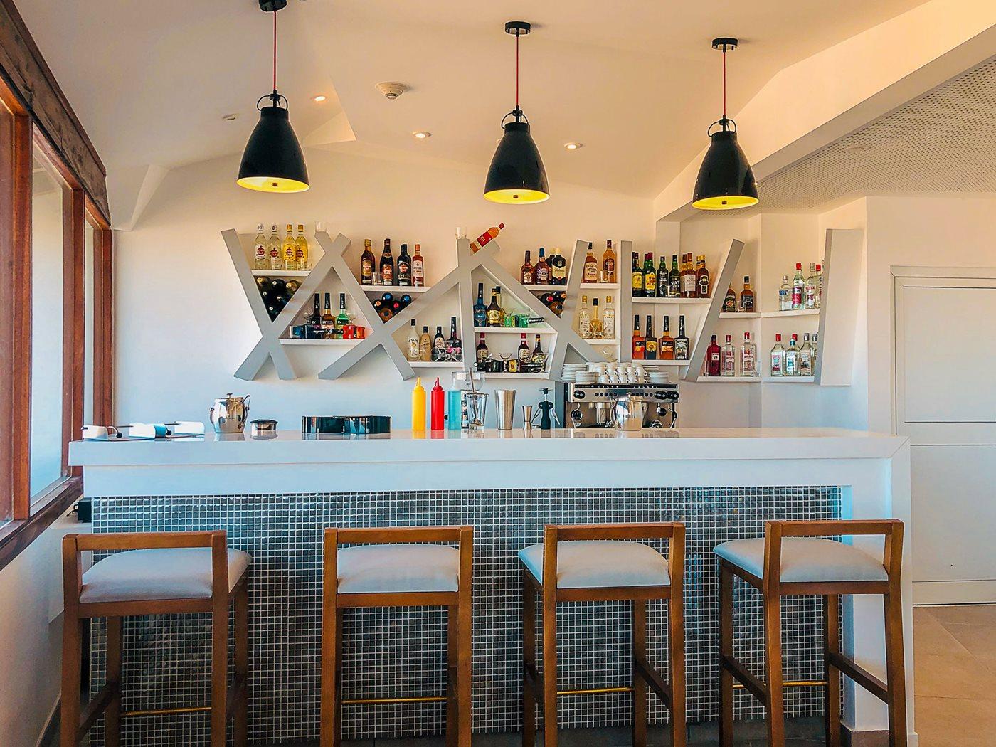 CCC-Valentin-Cayo-Cruz-Bar-Lounge-Privilege-003