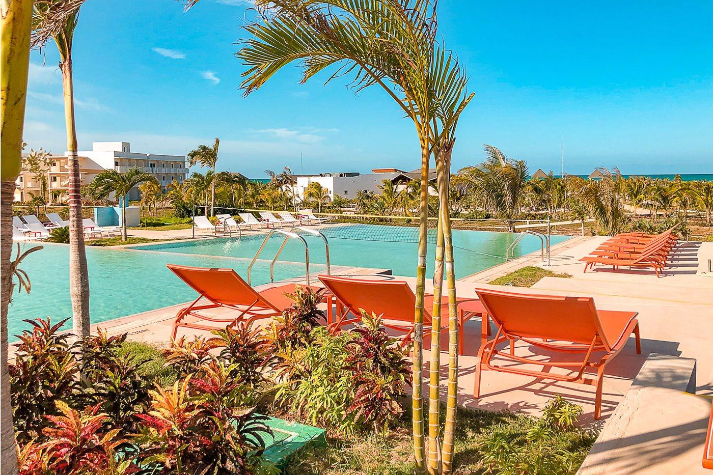 CCC-Valentin-Cayo-Cruz-Pool-002