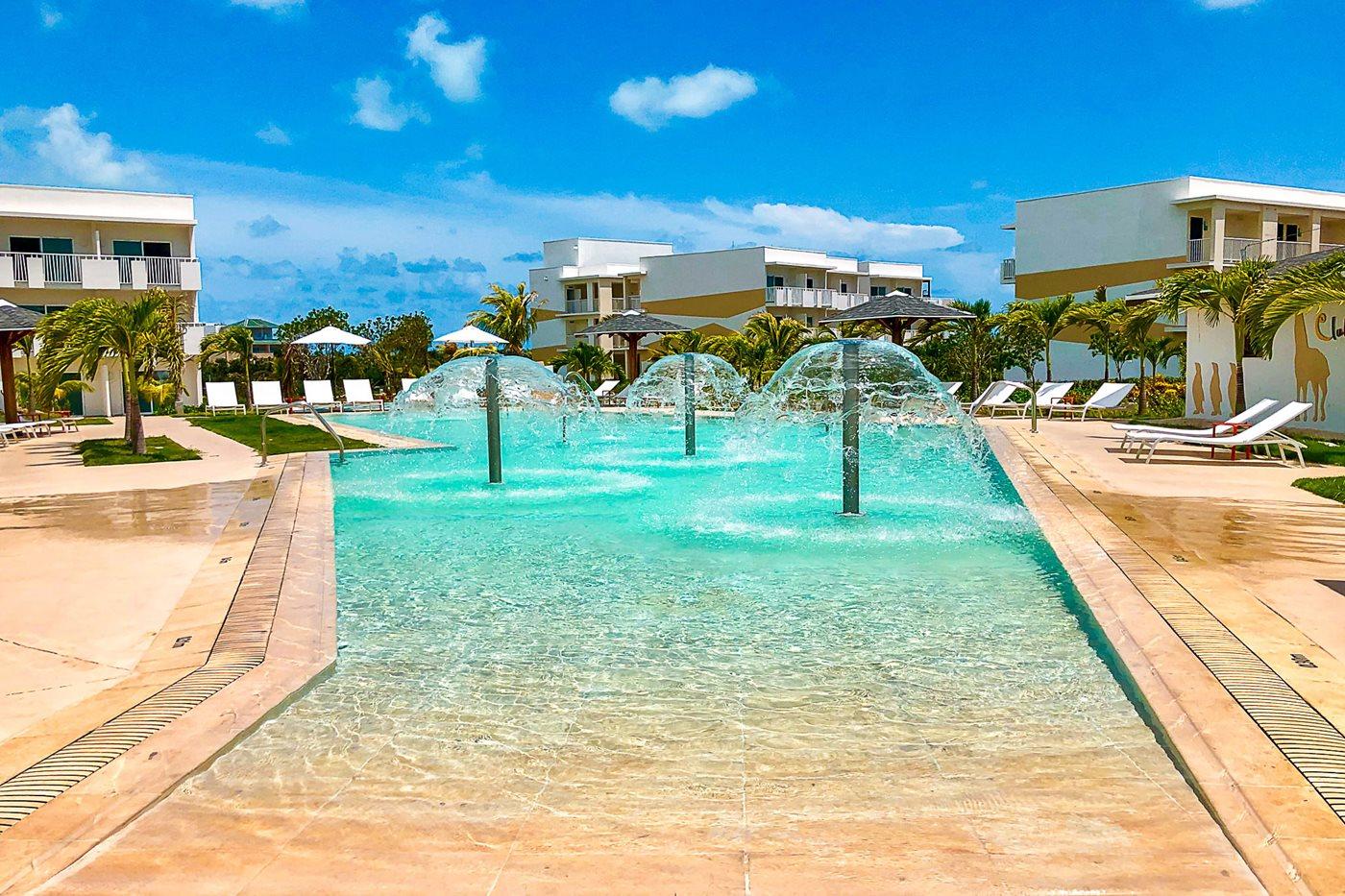 CCC-Valentin-Cayo-Cruz-Pool-005