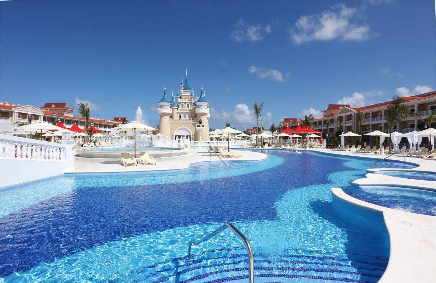 Luxury-Bahia-Principe-Fantasia-Pool-003