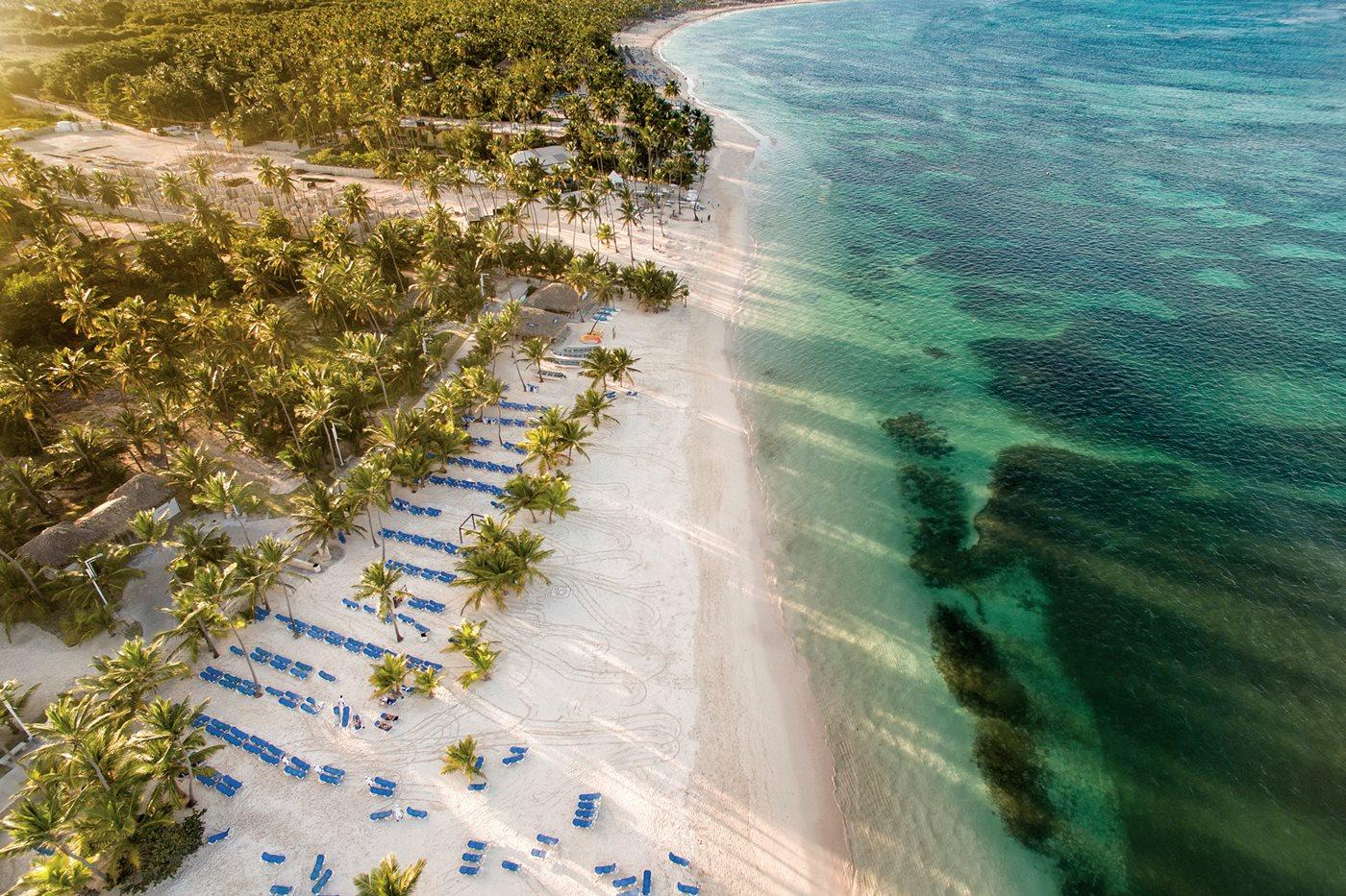 PUJ-Lopesan-Costa-Bavaro-Resort-Spa-Casino-Beach-019