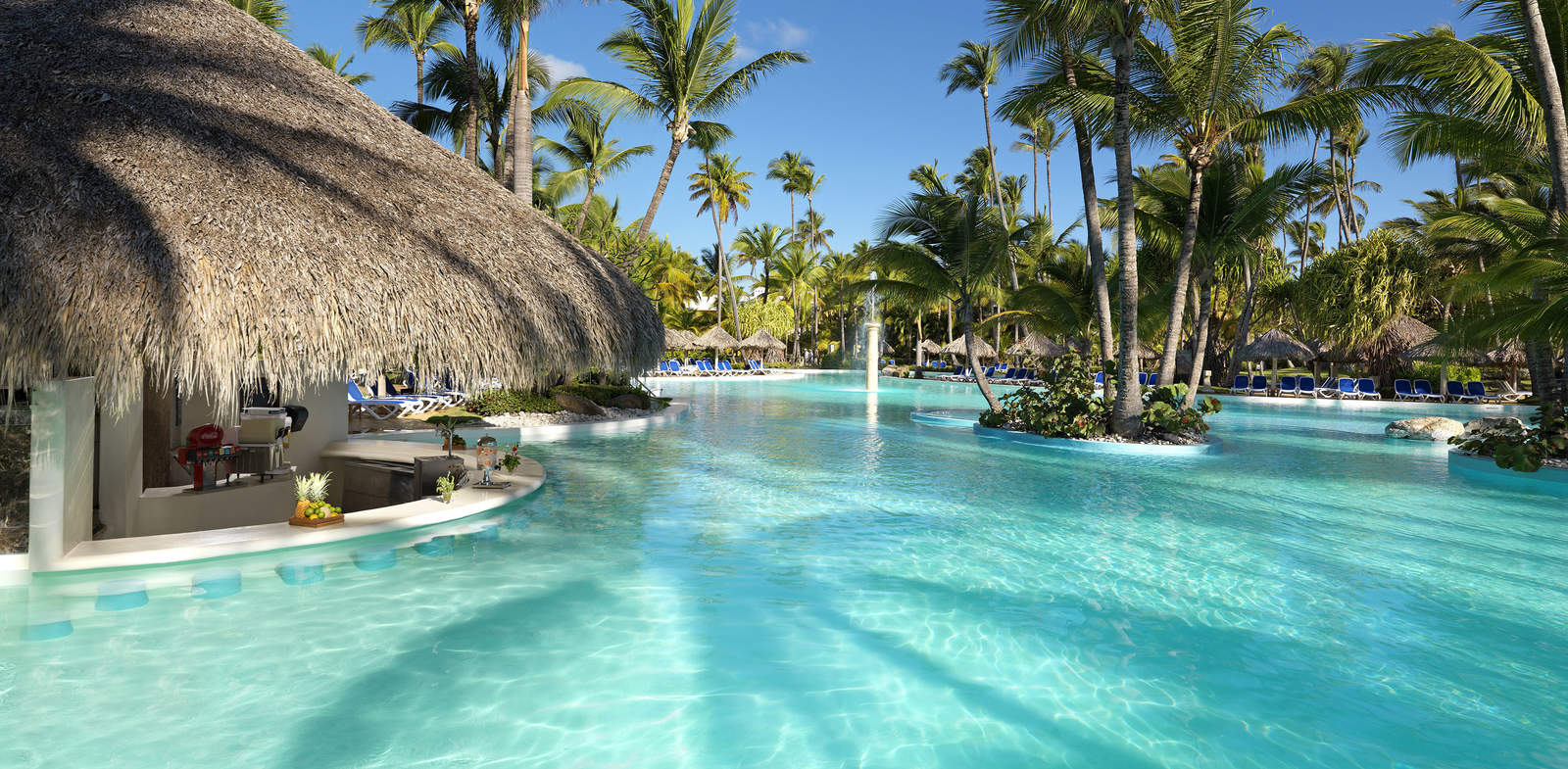 302MeliaCaribeTropical-Pool_Main-1600x785
