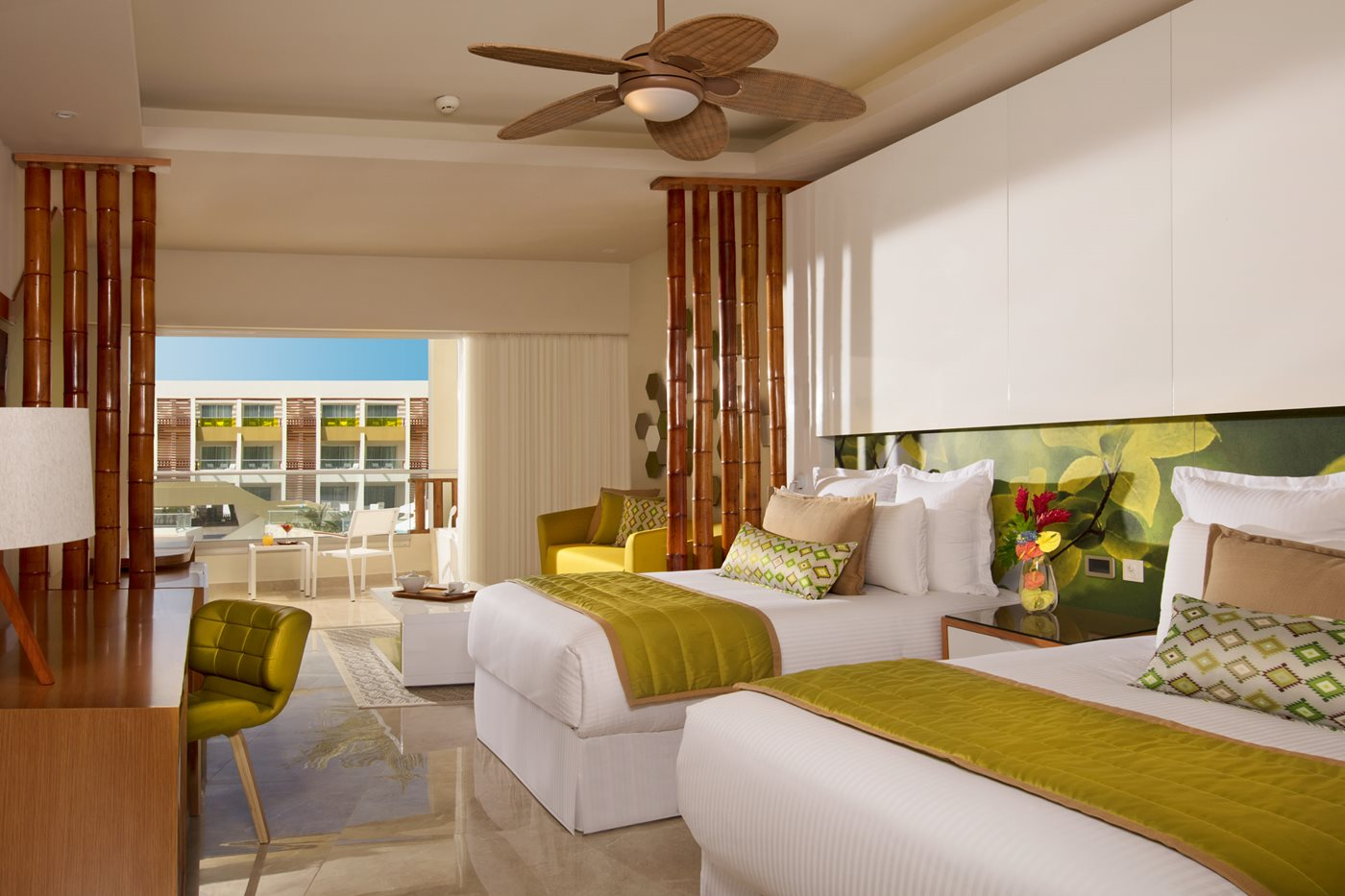 PUJ-Now-Onyx-Room-Preferred-Club-Junior-Suite-Pool-View-Double-AR