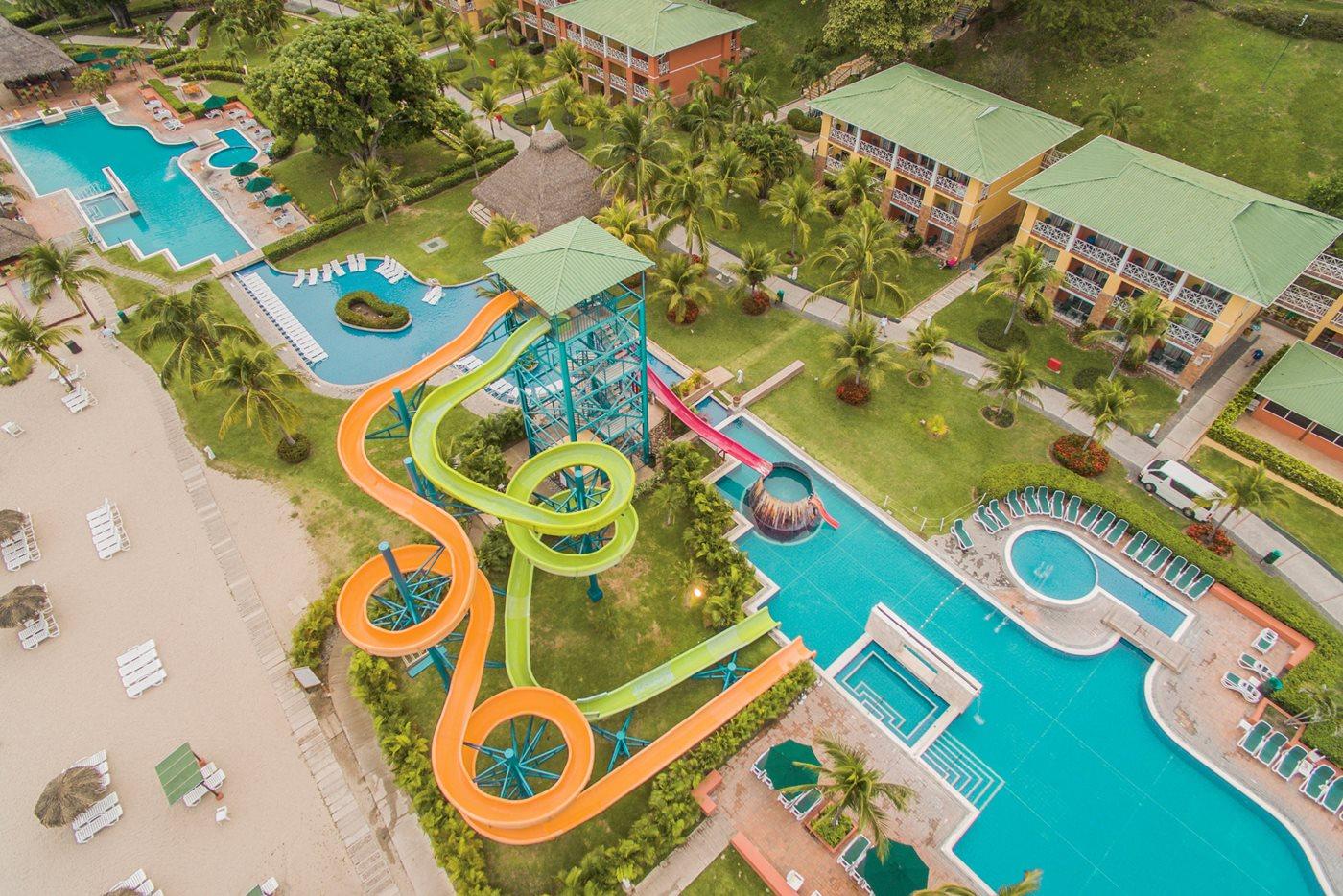 Royal-Decameron-Panama-Pool-005