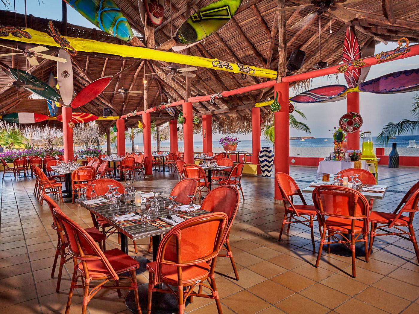 Royal-Decameron-Panama-Restaurant-012-Mezcal