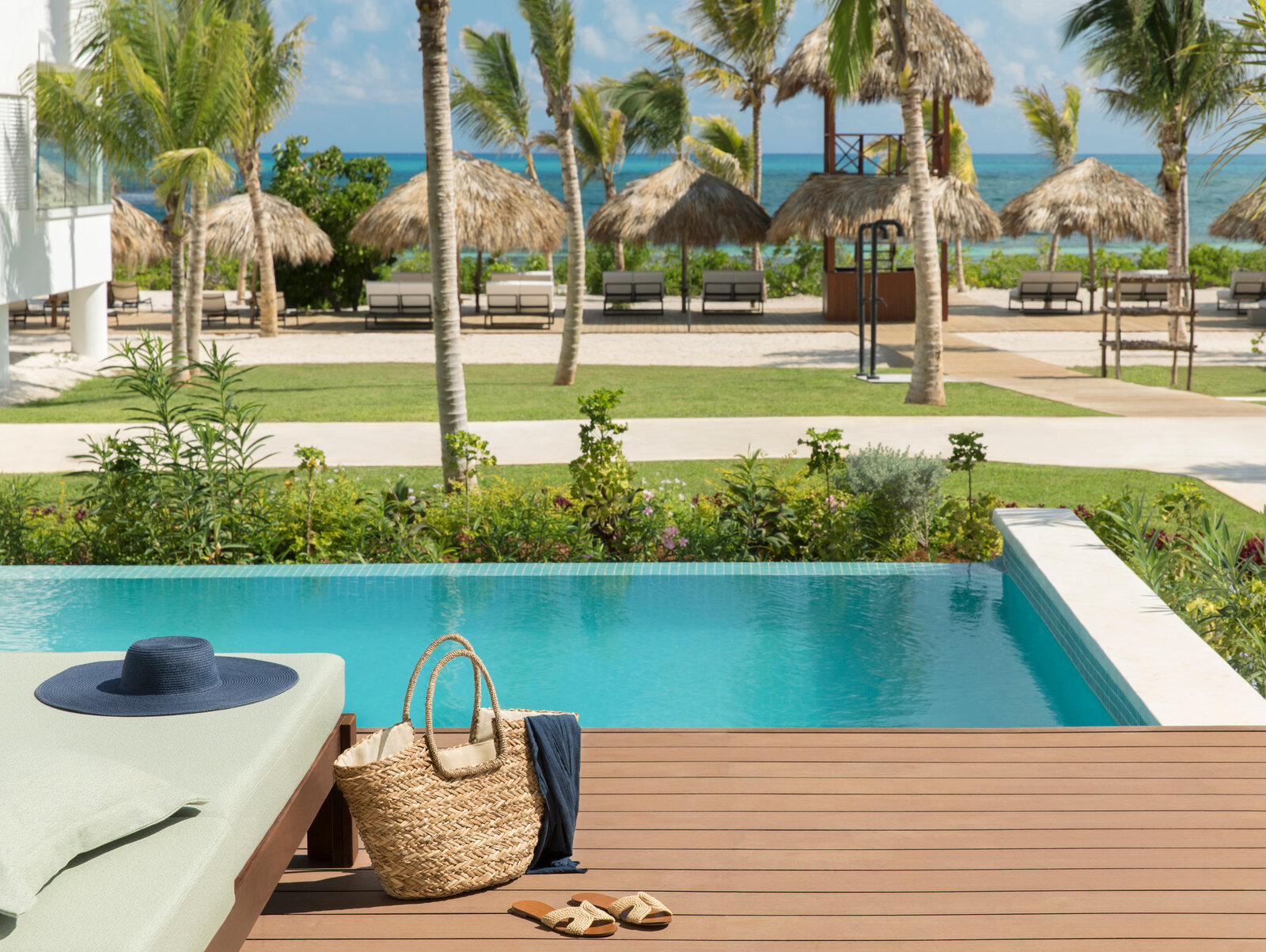 jamaica-suites-with-private-pool-1