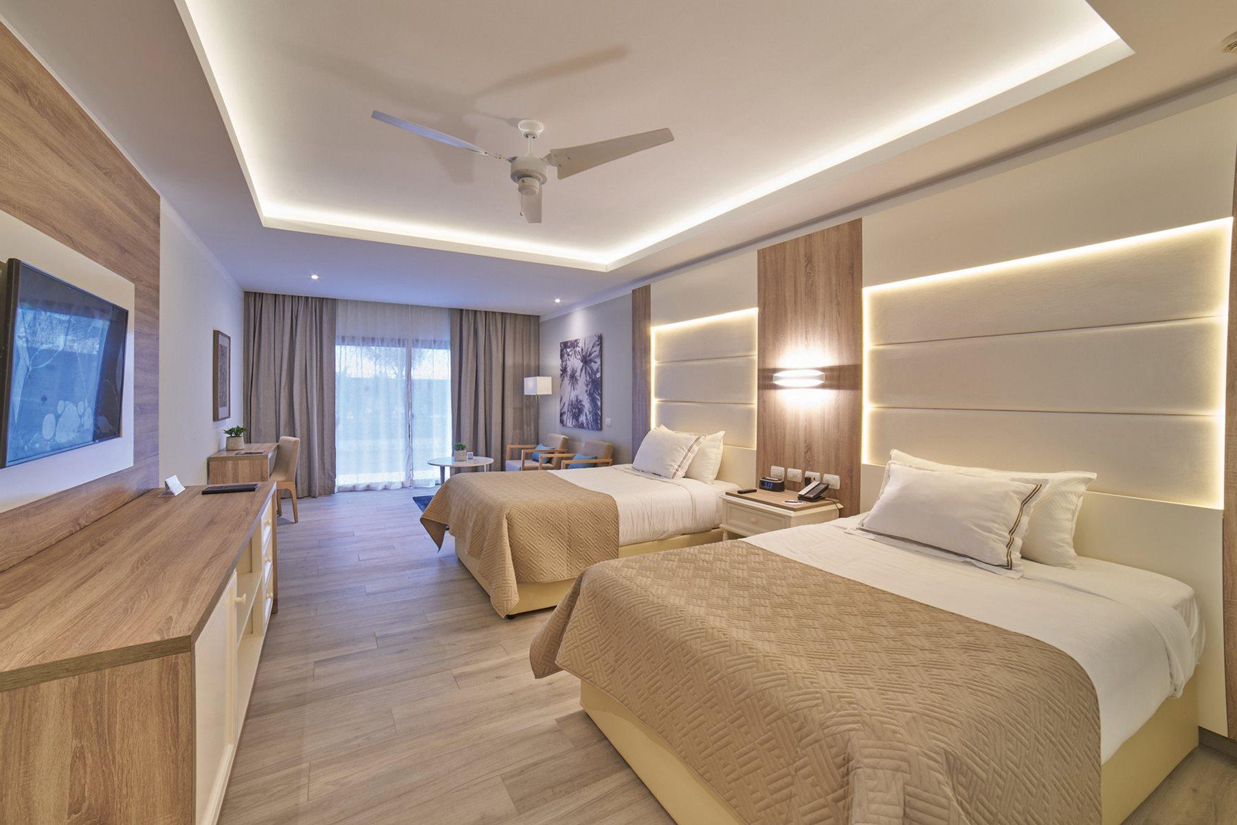 Luxury-Bahia-Principe-Ambar-Room-001-Junior-Suite
