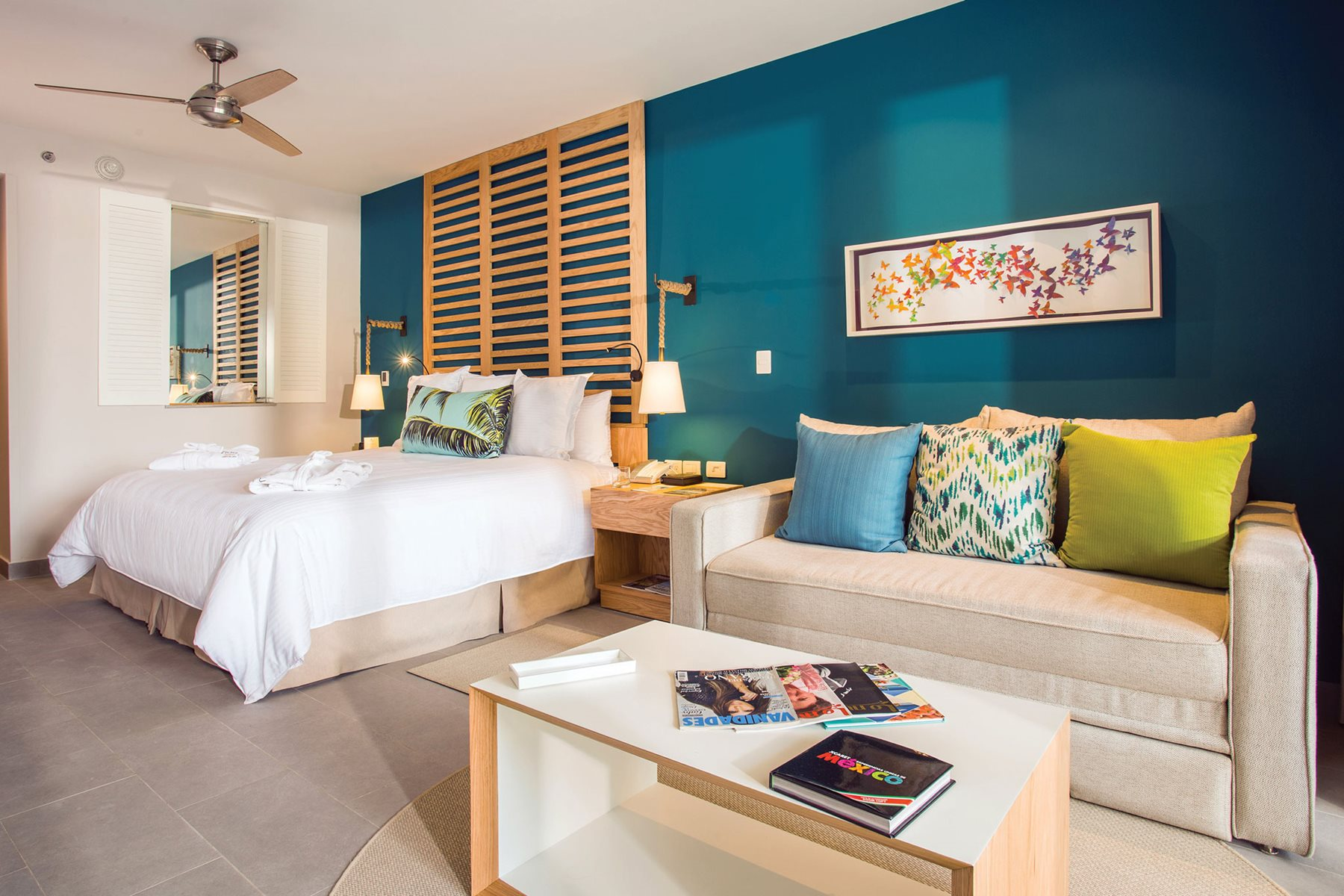 RIV-Now-Natura-Riviera-Cancun-Room-Junior-Suite-SwimOut-King-001
