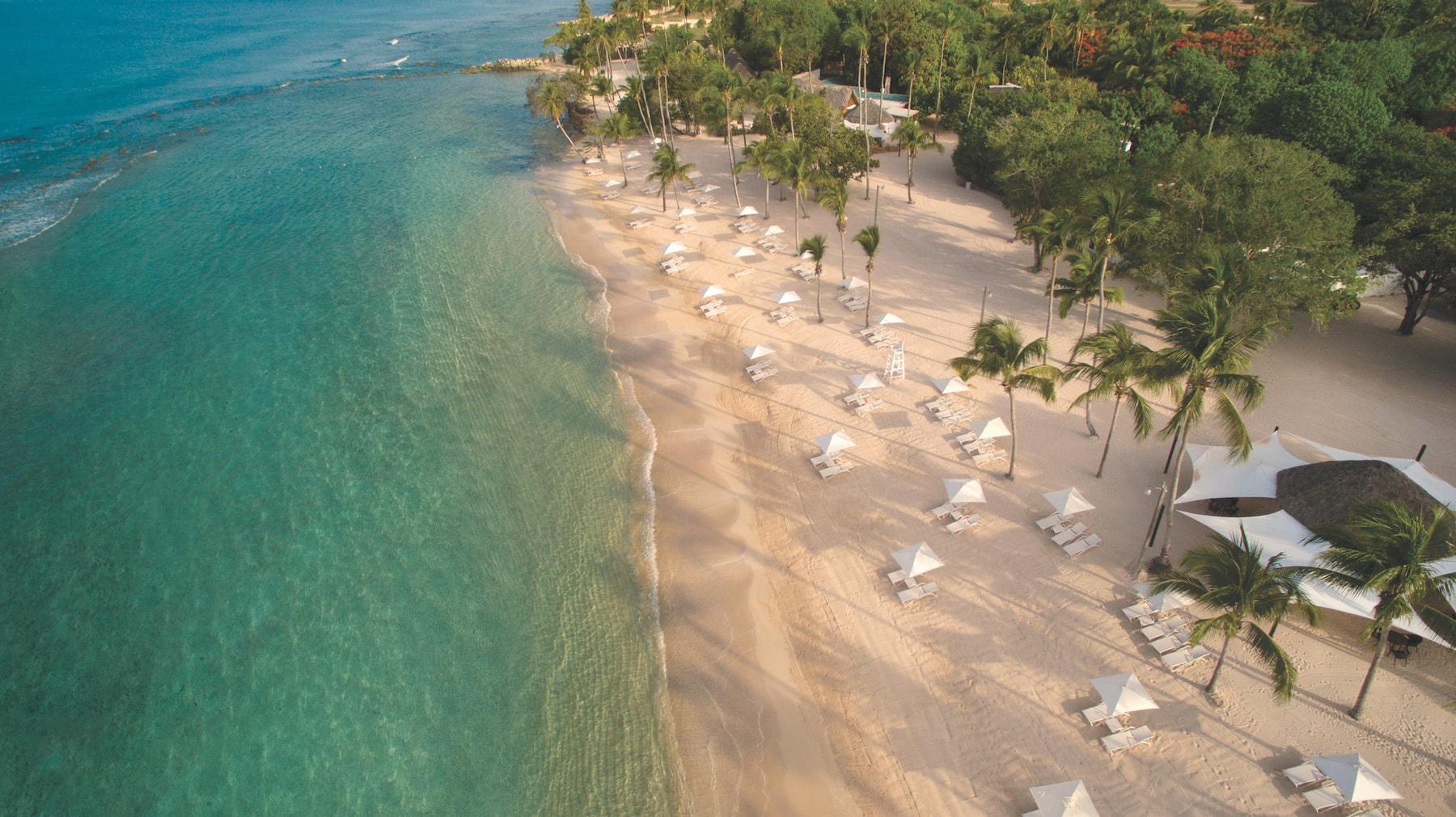 aerial-minitas-beach-shoreline_1