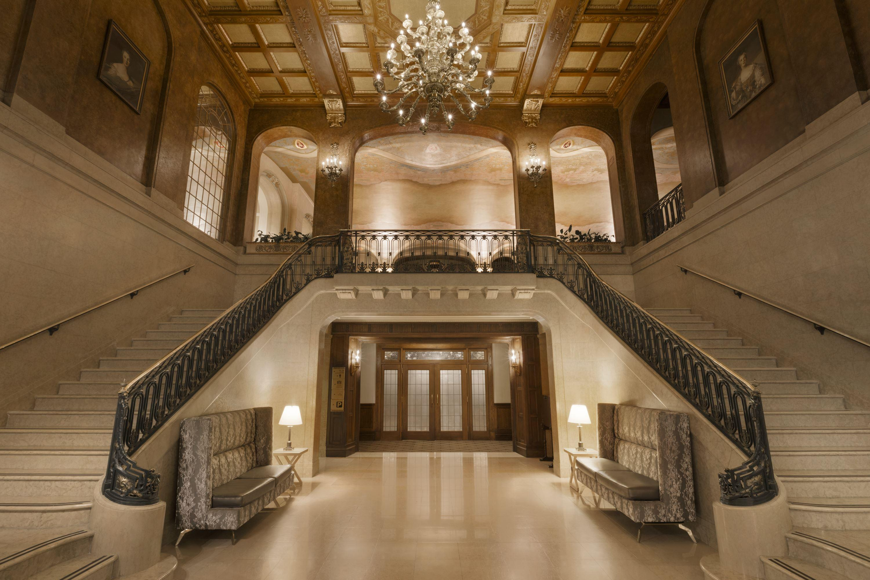 5. Fairmont Le Château Frontenac - Grand Staircase