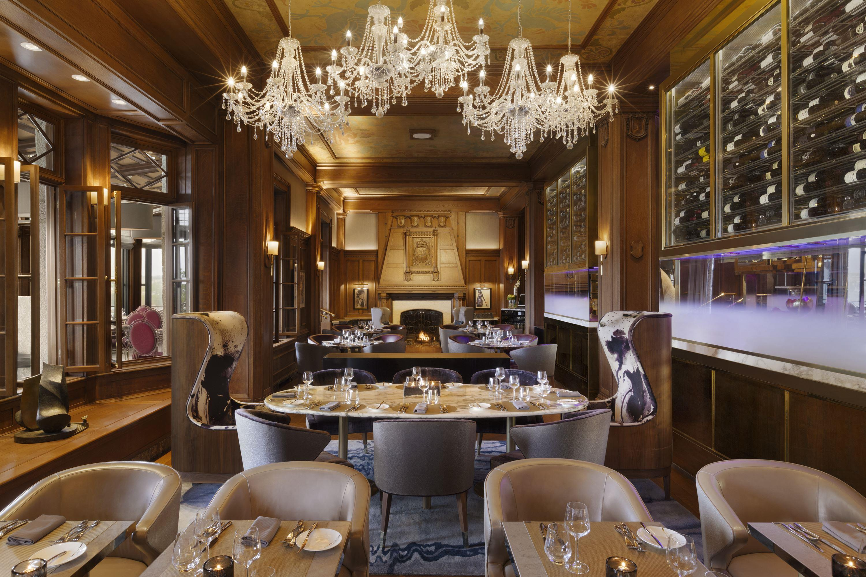 Champlain_restaurant_833793_high