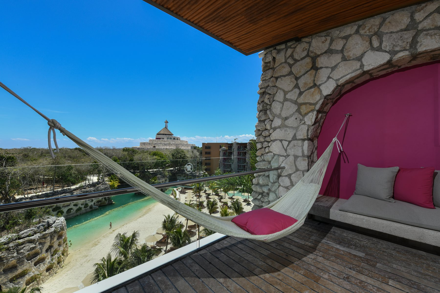 RIV-Hotel-Xcaret-Room-Suite-River