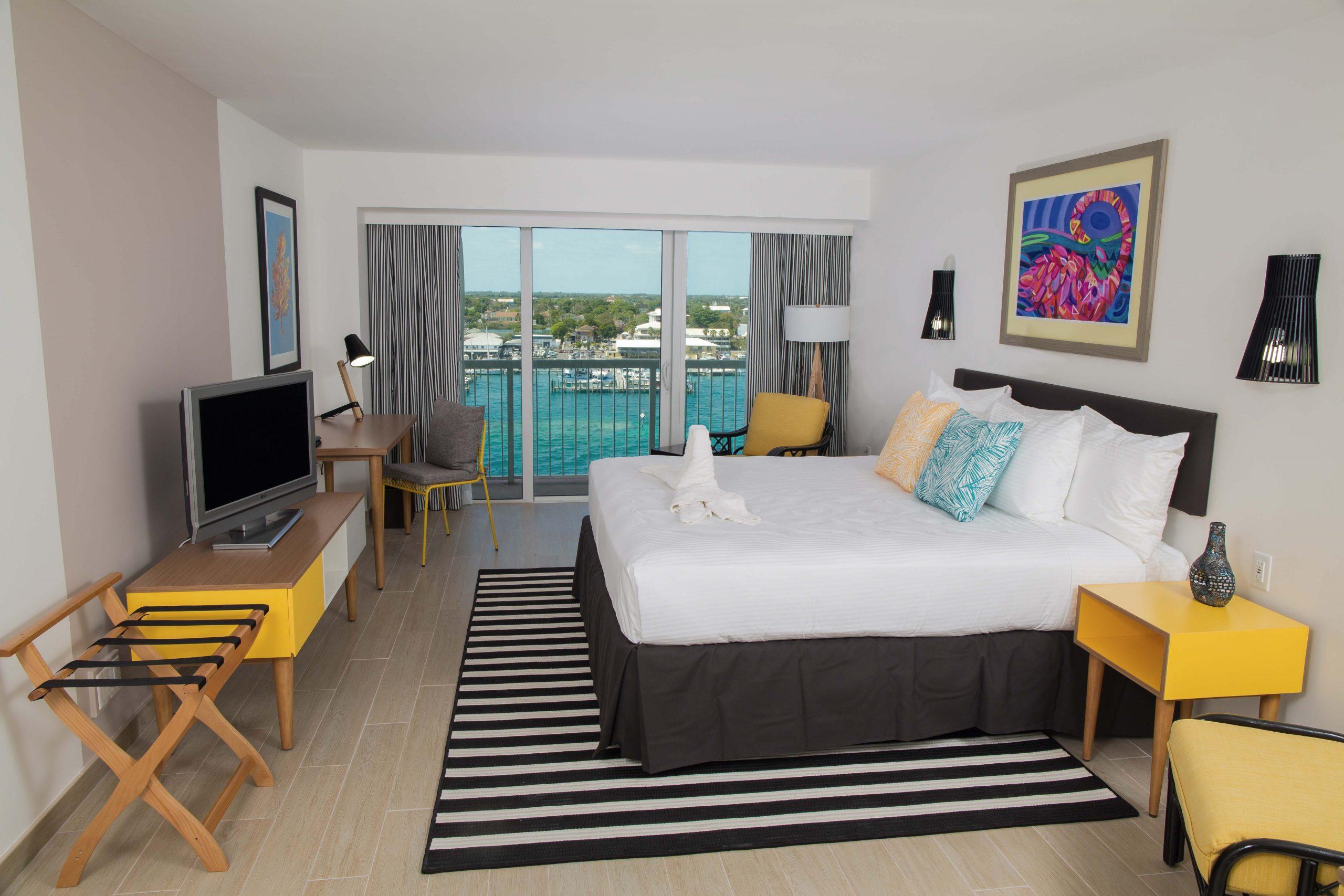 Harbour Deluxe Balcony King - Warwick Paradise Island Bahamas