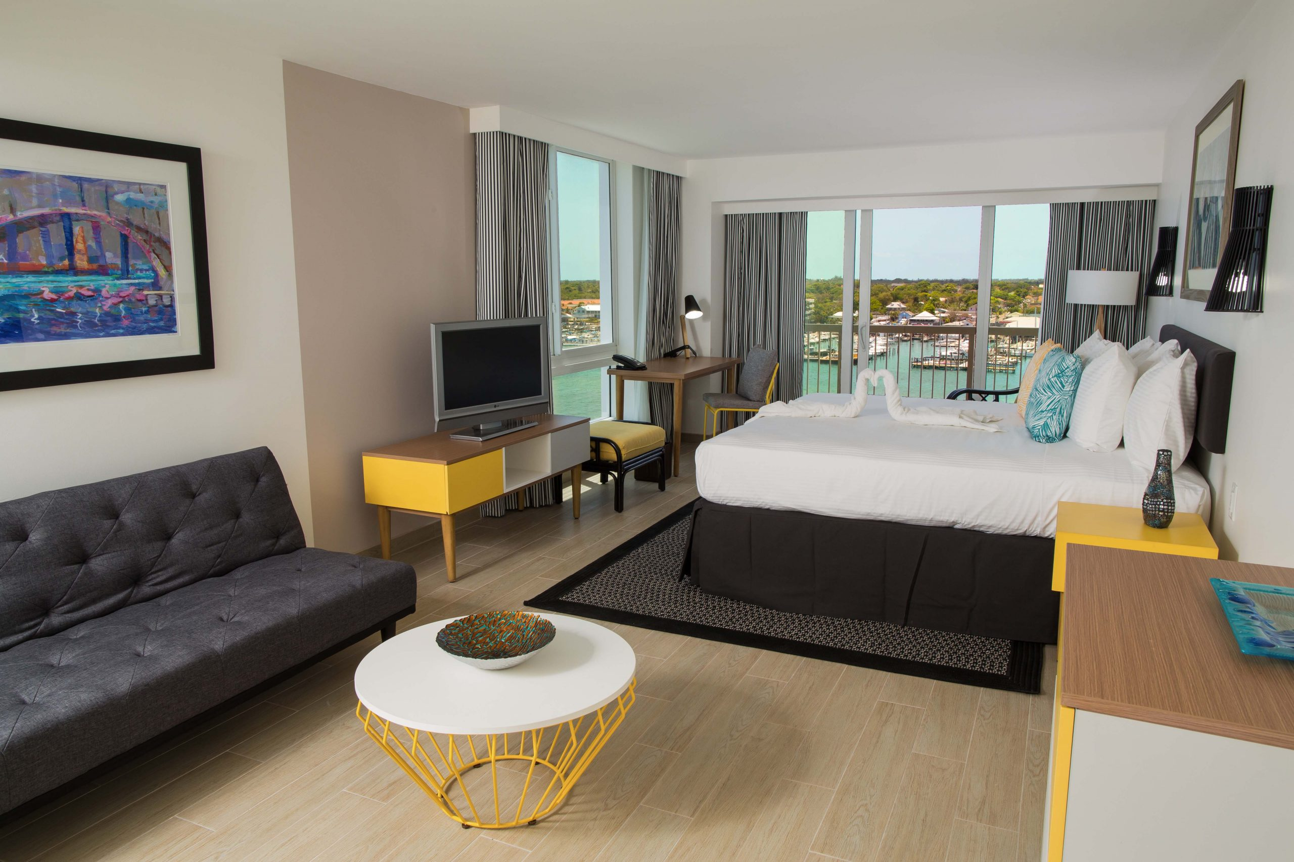Harbour Premium Balcony King - Warwick Paradise Island Bahamas