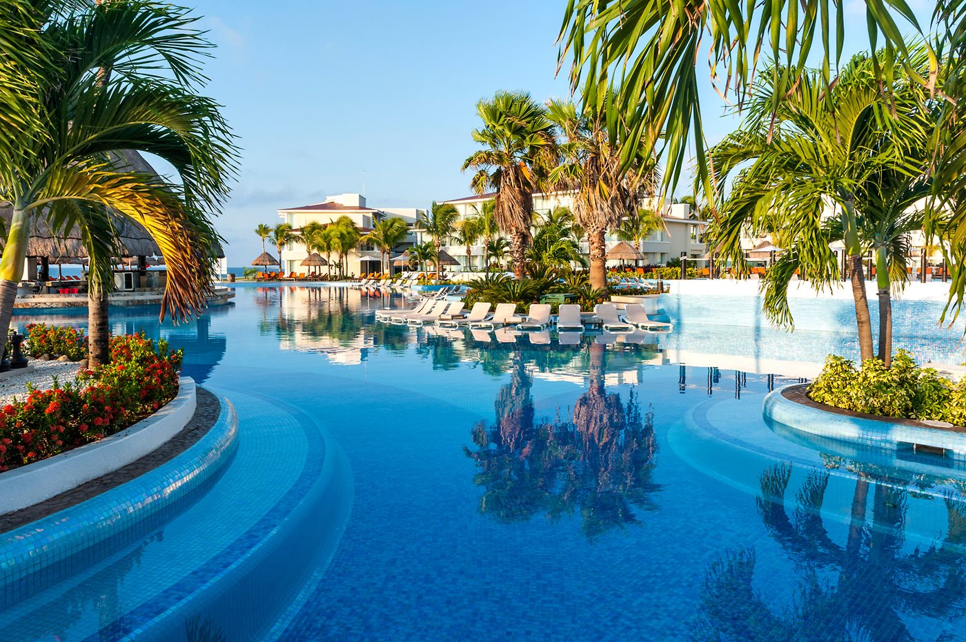 Moon-Palace-Resort-Spa-Pool-002