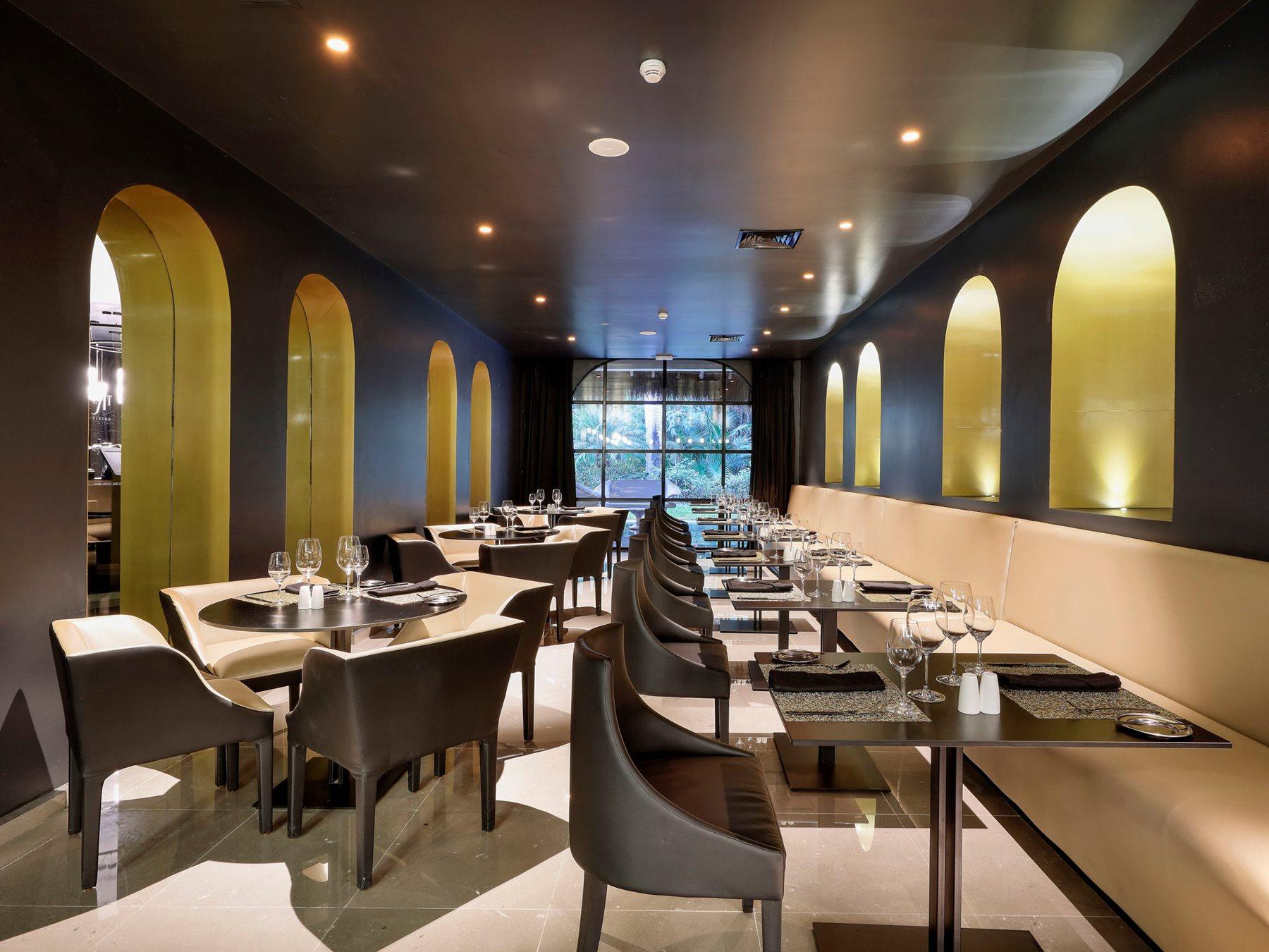 RIV-The-Royal-Suites-Yucatan-Restaurant-Italian-001-Render
