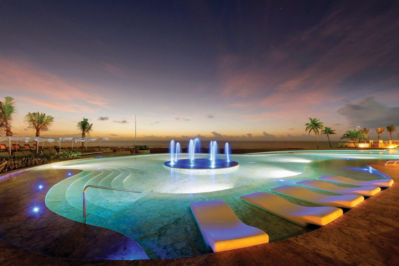 Royal-Suites-Yucatan-Palladium-Beach-001